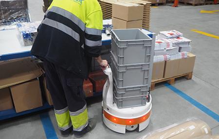 TIAGo Base - user friendly robot